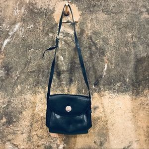 Eliana Italy vintage black lizard embossed bag
